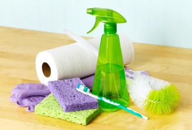 7-must-have-cleaning-tools-bathroom-1-size-3